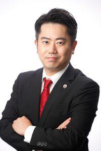 倉橋芳英弁護士